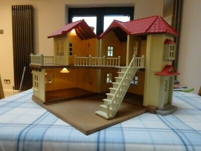 Sylvanian Families 4531 Beechwood Hall (Boxed and complete)