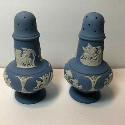 Vtg Wedgwood Blue & White Jasperware Salt & Pepper Shakers Set Cherubs