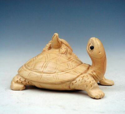 Japanese Boxwood Hand Carved Netsuke Baby Turtle Tortoise Big Turtle #03122003