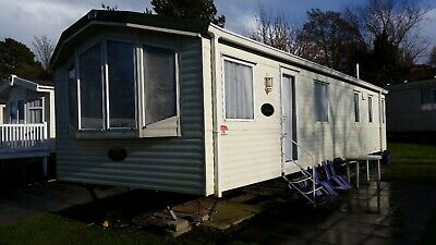 6 berth luxury Holiday Home to rent on 5 star site in Poole.