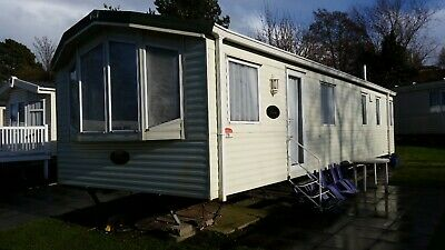 6 berth luxury Holiday Home to rent on 5 star site in Poole dorset