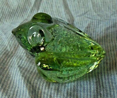 """Green Glass Frog Paperweight with Controled Bubbles 3 1/4"""""""