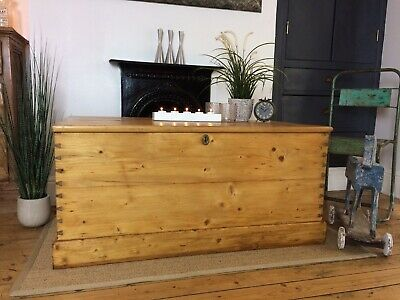 Beautiful Antique Vintage Victorian Old Pine Chest /Trunk / Wooden Blanket Box