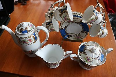 18 pc Vintage Gold Coast Bue Floral Tea set Excellent Used Condition