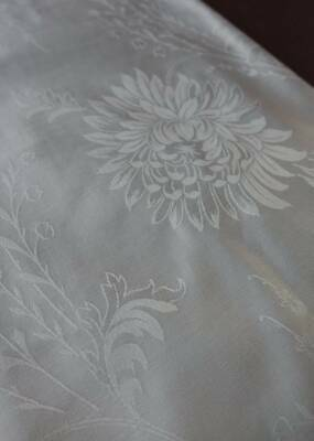 Vintage UNUSED snow white French damask fabric -  Chrysanths & Lily - 80cms x 1m