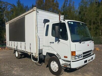 2004 Mitsubishi fighter FK600 diesel turbo pantech and curtainsider truck