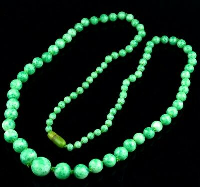Fine Antique Chinese Glass Apple Jadeite Design Graduated Bead Necklace