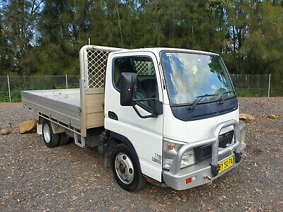 2012 Mitsubishi canter 515 turbo automatic cab chassis car licence truck
