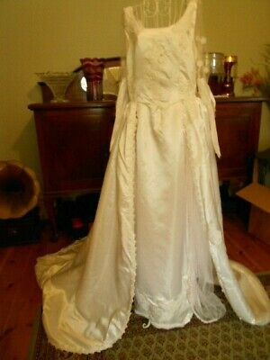 VINTAGE 1970's WHITE WEDDING GOWN SHEATH WITH LONG ATTACHED TRAIN & BEADING