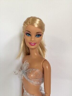 Collectable Articulated Barbie Doll De-Boxed A08