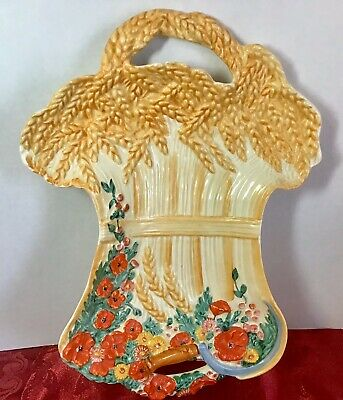 This Is A Wonderful  Rare Piece By Clarice Cliff ,The Wheatsheaf Plate