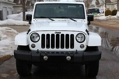 Jeep: Wrangler Sahara Unlimited JEEP WRANGER SAHARA UNLIMITED
