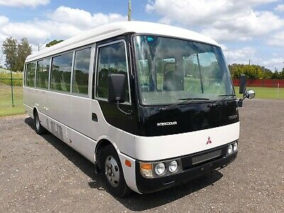 2001 Mitsubishi rosa turbo Auto deluxe bus wheelchair lifter ideal motorhome