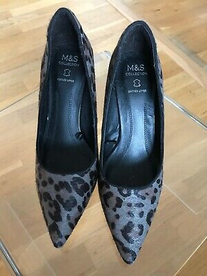 M & S Ladies Heeled Shoes. Size 5.5 Eur 39. Brand New