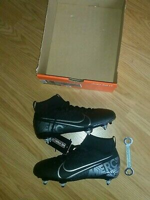Boys Nike Superfly Academy Football Boots 2.5
