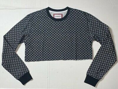 """Preowned- CHNGE Long Sleeved Crop Top """"Girls"""" Graphic T-Shirt Womens (Size M)"""