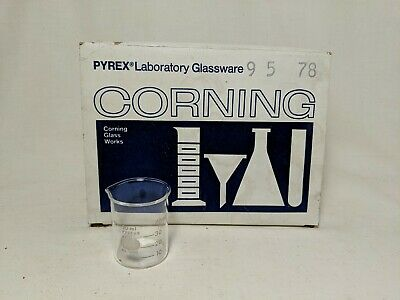 Vintage New Old Stock Corning Griffin Beaker W / Spout Graduated 50ml 12 Pack