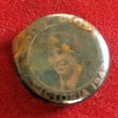 Vintage Chief Guide 1947 button badge