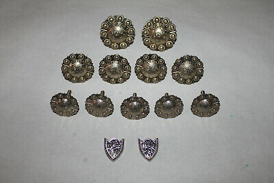 Saddle Rosettes, Assorted plus Screw on Letters
