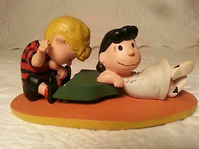 Lucy and Schroeder Playing Piano Plastic Figurines in Box Peanuts Figure 22055