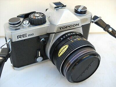 **1970`s TOPCON RE200 SLR 35mm ROLL FILM  CAMERA/CASE IN VERY GOOD CONDITION**