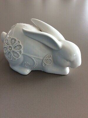 White Ceramic Laying 21cm Decorated Rabbit/Bunny~Figurine~Easter~Ornament~VGC*