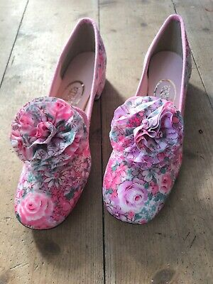 Vintage Slippers Size 6 1/2