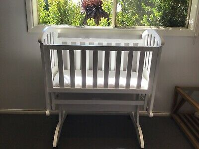 baby rocking cradle bassinet in white