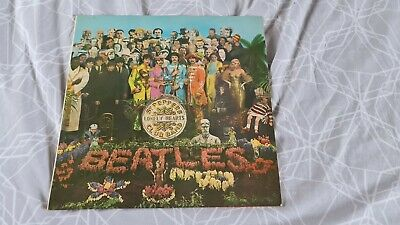 The Beatles SGT.PEPPERS LONELY HEARTS CLUB BAND LP UK MONO 1ST PRESS NEAR MINT