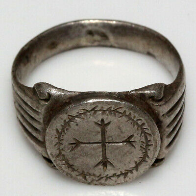 Stunning Ancient Late Roman Silver Ring Depicting Cross In Wreath Engraved Ca 40