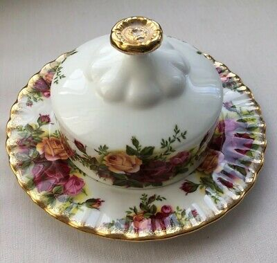 Beautiful Royal Albert Old Country Rose Butter Dish/Cover