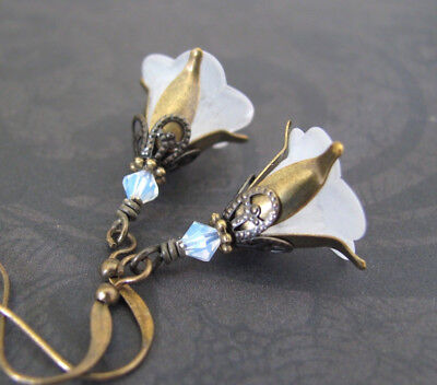 WHITE FLOWER EARRINGS Antiqued brass WOODLAND FAIRY FLORAL FILIGREE VICTORIAN