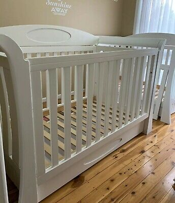 White Sleigh Baby Cot with sealy mattress -Really good Condition.