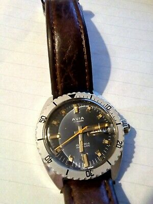avia divers watch. very rare,model.2789-0239. 20 atm. mint and extremely scarce