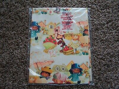 LARGE 2004 VINTAGE STRAWBERRY SHORTCAKE VINYL PLACEMAT AMERICAN GREETINGS