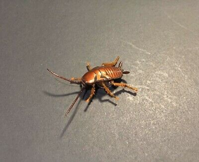 Kaiyodo Capsule Q House Roach Cockroach Bug Insect Retired Figure w/ Adhesive