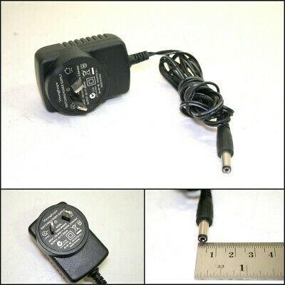 YOUNGHOPE Switching Power Supply YHSW-060080S (6V 800mA)