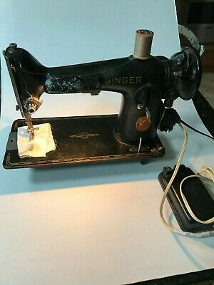 Vintage Singer Sewing Machine Model 201 Electric Pedal & Reverse Stitch 1948