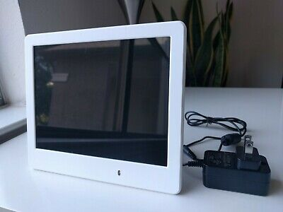"VIEWSONIC VFD820-70 - 8"" DIGITAL PHOTO FRAME 800 X 600 White"