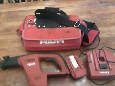 Hilti WSR 650-A 24V Reciprocating saw package. Saw battery, charger and bag.