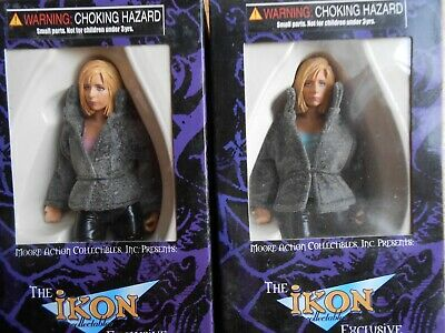 2003 Buffy Action Figure IKON Exclusive Moore Fuzzy Jacket Variant Lot of 2