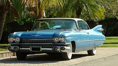1959 Cadillac DeVille NEW CLOTH 1959 CADILLAC COUPE DEVILLE WITH TRI POWER OPTION RUST FREE VERY COLLECTIBLE