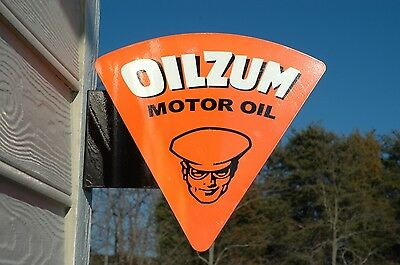 Old Style Oilzum Gas & Oil Motor Steel Flange Sign Usa Made Thick SteelMint