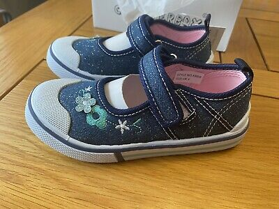 Girls Infant Chatterbox Unicorn Dreamer Light Low Top Trainers Pumps Shoes Size4