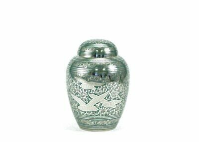 Near & Dear Pet Memorials Going Home Pet Cremation Urn, (45 Cubic Inches)
