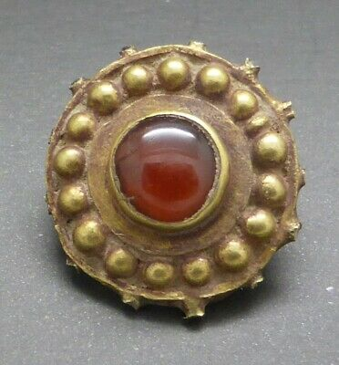 Roman Gold and Garnet Pendant