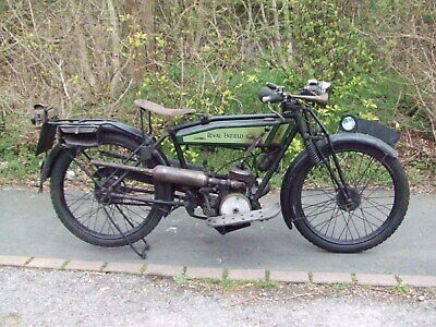 1926 Royal Enfield 201 flat-tank. 125cc Villiers engine fitted so learner-legal.