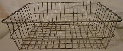VINTAGE PRIMITIVE INDUSTRIAL FARMHOUSE METAL WIRE TRAY BASKET RECTANGULAR 18x13