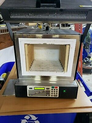Vulcan 3-550 Programmable Furnace, used works good.