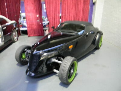 1999 Plymouth Prowler custom. original engine out, come with 383 v8